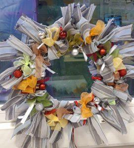 Rag rug wreath